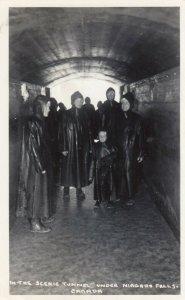 RP: NIAGARA FALLS, Ontario, 1930s ; Tunnel Under Falls