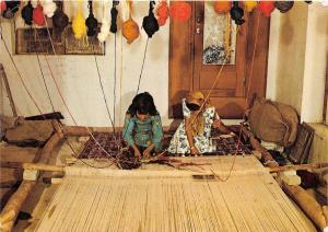 BG21260 types folklore horizontaler knupfstuhl iran women