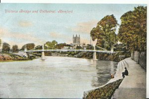 Herefordshire Postcard - Victoria Bridge and Cathedral - Hereford - Ref 8394A