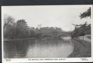 Lancashire Postcard - The Boating Lake, Thompsons Park, Burnley   RS14991