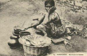 PC CPA INDIA, PONDICHÉRY, MARCHANDE DE GALETTES, Vintage Postcard (b21850)