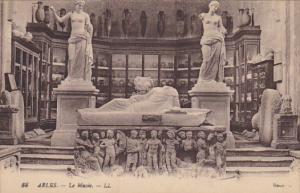 France Arles Le Musee