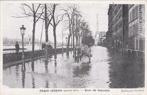 PARIS , France , Flood of 1910 : Quai de Grenelle
