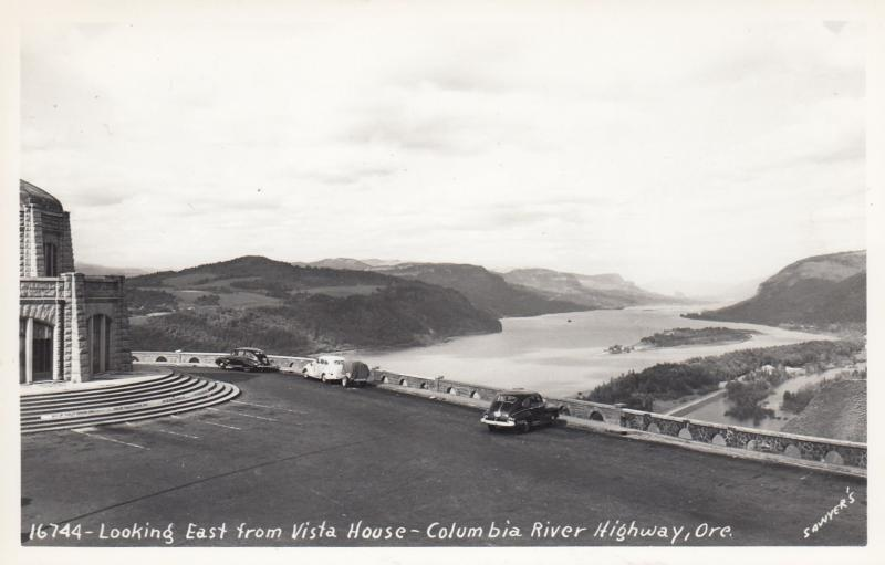 RP: Columbia River Highway, OREGON, 1930-40s; Looking East from Vista House