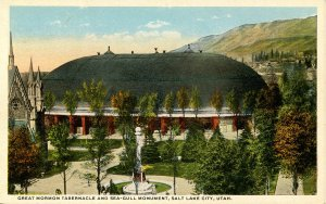 UT - Salt Lake City. Mormon Tabernacle & Sea Gull Monument