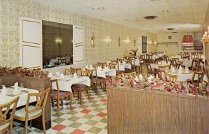 STRATFORD , Ontario, 50-60s ; Limelight Restaurant & Steak House
