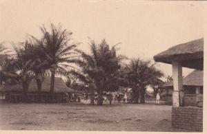 Village bakongo de Mafouto , AFRIQUE (Congo) - Brazzaville , 10-30s