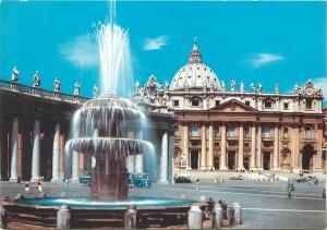 Postcard  Italy Rome place S. pietro fountaine