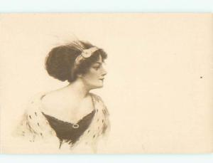 Divided-Back PRETTY WOMAN Risque Interest Postcard AA7890