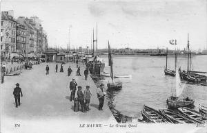 France Le Havre - Le Grand Quai, Quay, animated, boats bateaux 1919