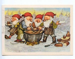 221651 FINLAND gnomes cook dinner NEW YEAR Old RPPC
