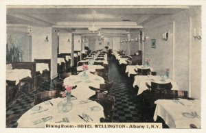 ALBANY , New York, 1930s; Hotel Wellington , Dining Room