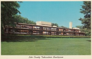 WAUKEGAN , Illinois , 1950-60s ; TB Sanitarium