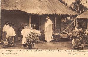 Congo Un Pere de Scheut et son Catechiste, village, Vicariat de Leopoldville