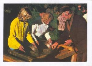 Gold Panning, New Zealand, 50-70s