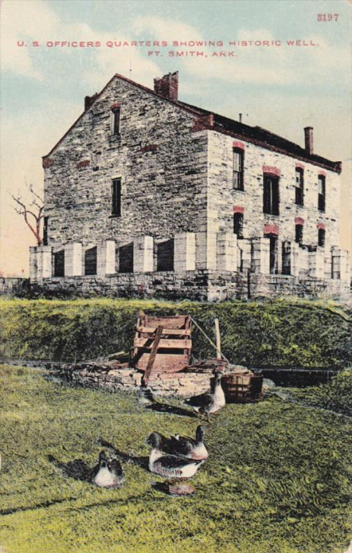 FORT SMITH, Arkansas; U. S. Officers Quarters showing Historic Well, 00-10s