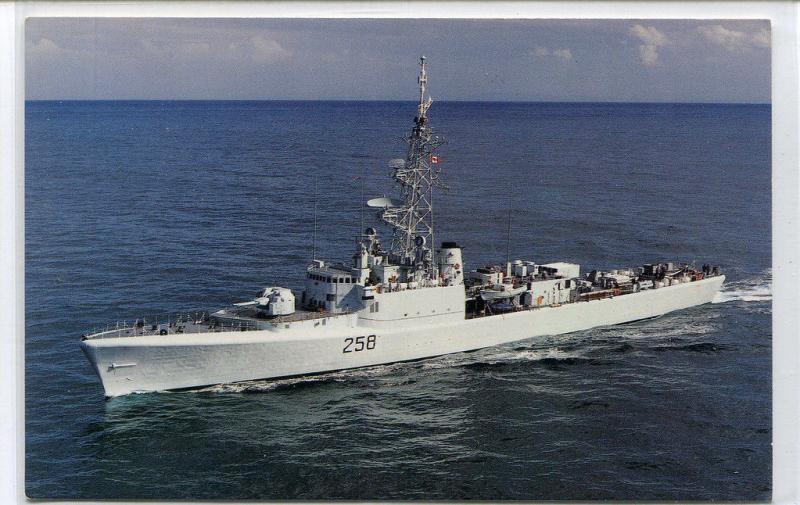 HMCS Kootenay DDE 258 Destroyer Canadian Navy Ship Canada