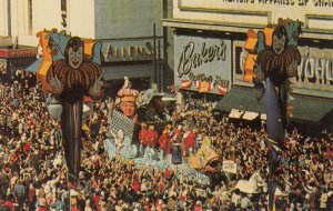 NEW ORLEANS, Louisiana, 1940-60s; Mardi Gras Parade Floats and crowds