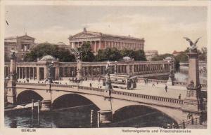 Germany Berlin Nationalgalerie und Friedrichsbruecke