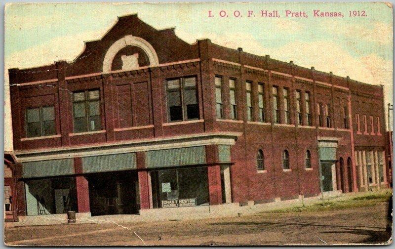 1914 Pratt, Kansas Postcard I.O.O.F. Hall Odd Fellows Building, Street View