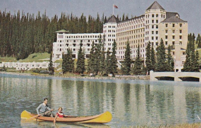 LAKE LOUISE , Alberta , Canada , 1930s ; Chateau