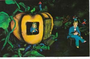 Tennessee Chattanooga Peter Peter Pumpkin Eater At Rock City Gardens Lookout ...