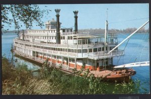 A Reminder of Days Gone By a Picturesque Stern-Wheeler Mississippi 1950s-1970s
