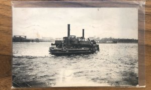 Woolwich Ferry VINTAGE - POSTCARD - POSTED - PC - ENGLAND LONDON THAMES