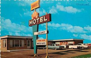 Canada, Saskatchewan, Regina, Sunrise Motel, Dexter Color No. 25177-C