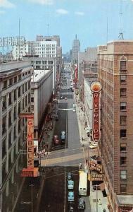 US Wisconsin, Milwaukee, Wisconsin Avenue looking West, Gimbels, Riverside 1961