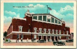 Sioux Falls, South Dakota Postcard The Coliseum Building View c1930s Unused