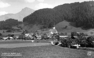 Luftkurort Going Tirol mit Kitzbuehelerhorn Gesamtansicht Kirche Wald