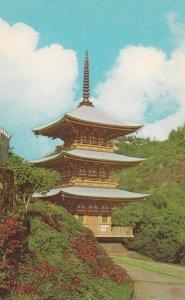 HONOLULU, Hawaii, 1940-60s; Minami Hokke-Ji Pagoda, Nuuanu Valley