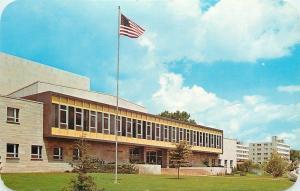 South Bend Indiana~Indiana University~Mishawaka Campus on St Joseph River 1950s