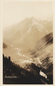 RP:  Illeeillewaet Valley  , B.C. , Canada , 20-40s