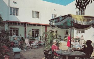 ST. PETERSBURG , Florida , 1964 ; Stanton Hotel