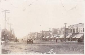 RP: Saskatchewan Avenue (dirt) , PORTAGE LA PRAIRIE , Manitoba , Canada , 1900-1