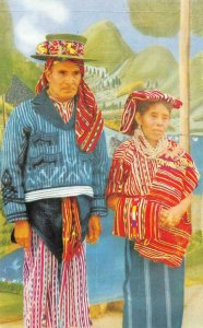Indian Couple - Sololá, Guatemala ca 1950s Vintage Postcard