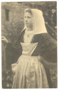 Artisane de Baud , Morbihan , France., PU-1912 Etude des Coiffes de Bretague
