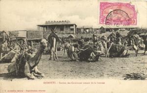 CPA Djibouti Afrique - Station des Caravanes venant de la brousse (86927)