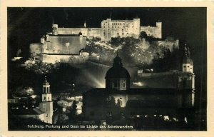 Salzburg Austria Festung und Dom im Lichte des Scheinwerfers