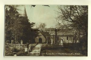 cu1301 - Brockenhurst Parish Church , Hampshire - postcard