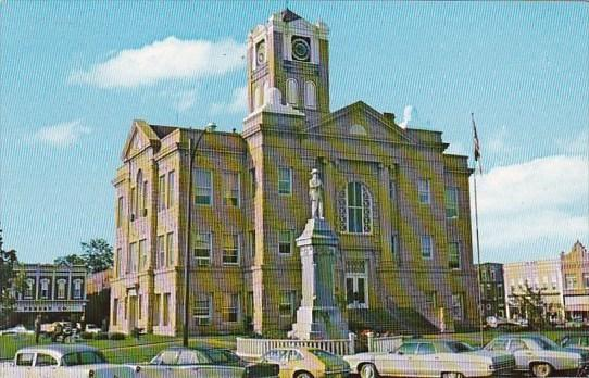 Monroe County Courthouse Albia Iowa / HipPostcard