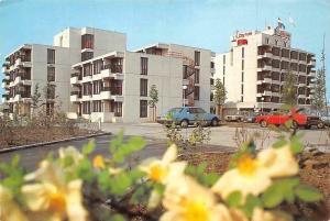 Netherlands Holland Zoetermeer Boerhaavelaan City hotel appartementen auto cars