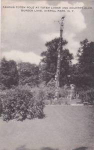 New York Averill Park Famous Totem Pole At Totem Lodge And Country Club Burde...
