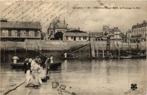 CPA TROUVILLE-sur-MER - Le Passage du Bac (276528)