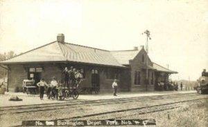 Real Photo, Burlington Depot, York, Nebraska, NE, USA Railroad Train Depot 19...