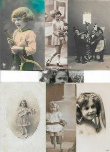 Victorian Style Portrait Cute Kids with Flowers Kissing Postcard Lot of 20 01.19