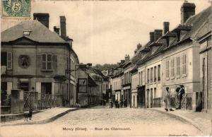CPA MOUY Rue de CLERMONT (377293)