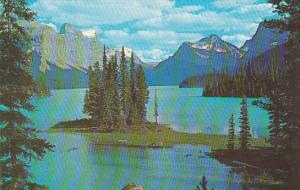 Canada Alberta Jasper The Narrows Maligne Lake